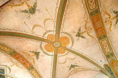 Analogous Color Scheme for Trompe l'oeil Painted Ceiling
