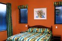 Dashing and daring orange walls