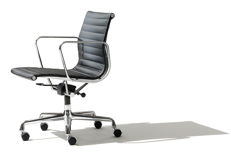 Eames_chair aluminium